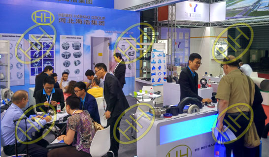 Our vistors and exhibitors visit our booth