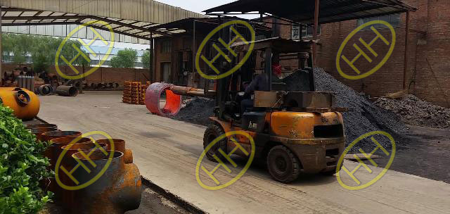 Furnace heating for pipe fitting production