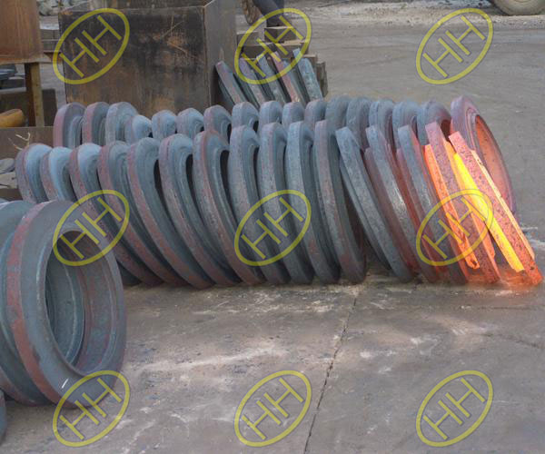 What is the forging process of pipeline products?