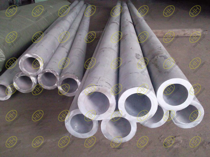 What are the main factors affecting the brightness of stainless steel tube after annealing?