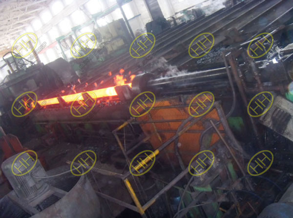 Heat treatment of steel pipe