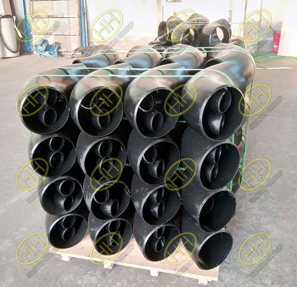 A bitch of carbon steel fittings ready for shipment to Turkey